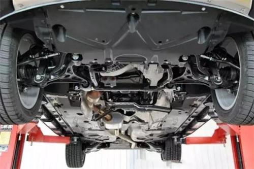 汽车底盘作用 汽车底盘四部分组成构造介绍(图)